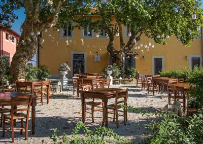 Tavoli-esterno-Pitti&Friends